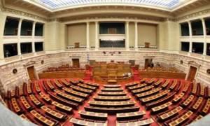Βολές ΝΔ κατά κυβέρνησης για τον εκλογικό νόμο και ερώτηση στη Βουλή