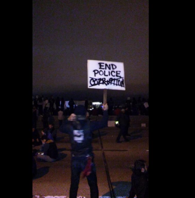 Χάος στις ΗΠΑ: Τέσσερις αστυνομικοί νεκροί από ελεύθερους σκοπευτές