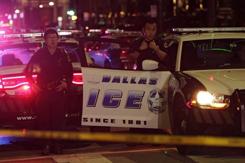 Μακελειό Ντάλας: Έτσι εκτέλεσαν τους πέντε αστυνομικούς οι ελεύθεροι σκοπευτές