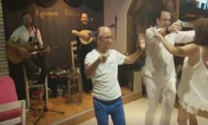 Ο Έλληνας που χόρεψε σαν να μην υπάρχει αύριο (video)