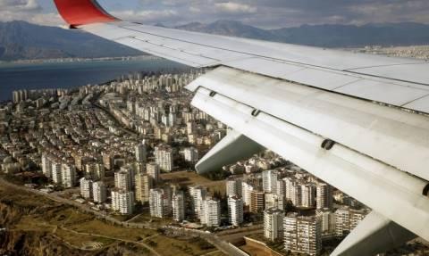 Ρώσοι τουρίστες στην Τουρκία έπειτα από 8 μήνες