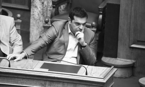 Ο Τσίπρας ψάχνει τρεις βουλευτές για την αλλαγή του εκλογικού