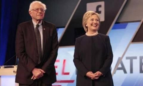 Προεδρικές εκλογές ΗΠΑ: Στο πλευρό της Χίλαρι ο Σάντερς - Κοινή προεκλογική συγκέντρωση