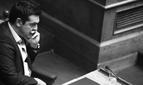 Εκλογικός νόμος: Στα «σκαριά» Plan B του Τσίπρα με στόχο τις ψήφους του ΠΑΣΟΚ και του Ποταμιού