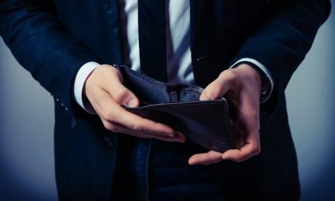 Φορολογικό: Τα χρέη πνίγουν τους φορολογούμενους – «Κανόνι» στις εφορίες