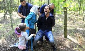 Βάρβαροι ξυλοδαρμοί και βασανιστήρια προσφύγων από αστυνομικούς στην Ουγγαρία