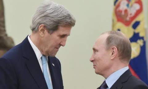 Συνάντηση Πούτιν - Κέρι για τη μάχη κατά των τζιχαντιστών στη Συρία
