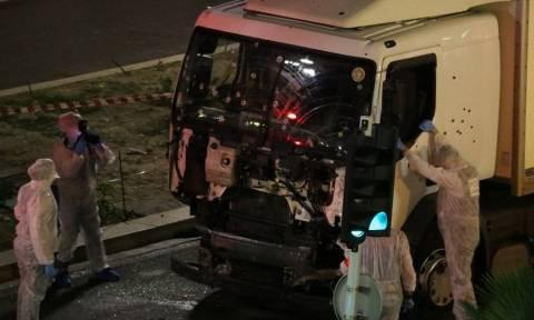 Επίθεση Γαλλία: Ταξιδιωτική οδηγία για τους Βρετανούς στη Γαλλία μετά το τρομοκρατικό χτύπημα