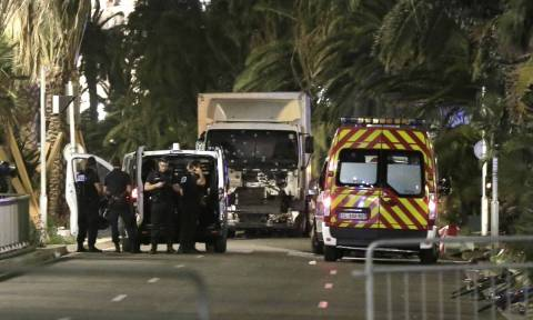 Επίθεση Γαλλία: Ο οδηγός πυροβόλησε πριν δεχτεί τα πυρά των αστυνομικών
