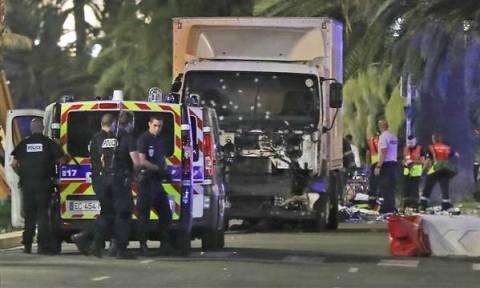 Επίθεση Γαλλία: Στους 84 ανέβηκε ο αριθμός των νεκρών