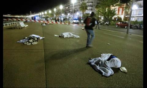 Επίθεση Γαλλία: Πολλά νεκρά παιδιά - 54 στο νοσοκομείο