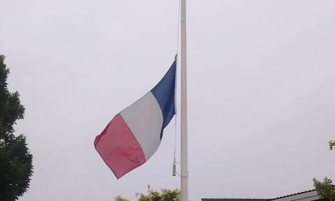 Επίθεση Γαλλία: Συγκλονίζουν οι μαρτυρίες για τη νύχτα της φρίκης στη Νίκαια