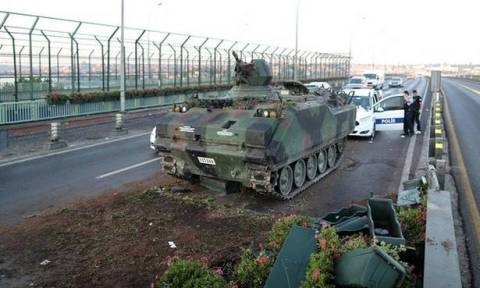 Bild: Ο ηγέτης των πραξικοπηματιών είναι ο Akin Ozturk;