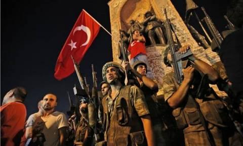 Πραξικόπημα Τουρκία: Έξι χιλιάδες άνθρωποι είναι υπό κράτηση στην Τουρκία