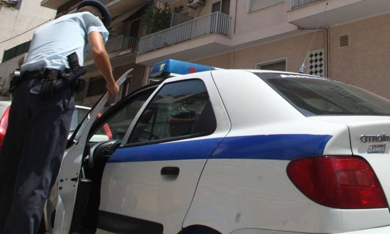 Άγριο έγκλημα στο Ξυλόκαστρο: Ψυχοπαθής έσφαξε τη μάνα του
