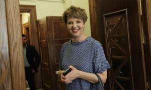 Επιμένει η Γεροβασίλη: Το φθινόπωρο του 2019 οι εκλογές – Δεν υπάρχει θέμα μείωσης των μισθών