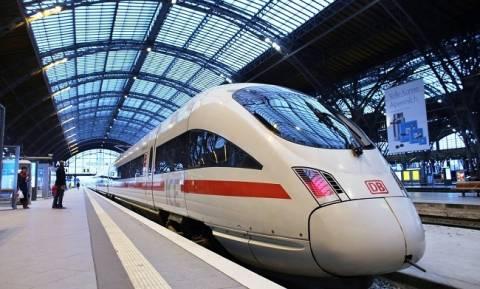 Γερμανία: Πολλοί τραυματίες από επίθεση με τσεκούρι σε τρένο (Pics)