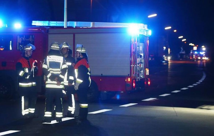 Επίθεση Γερμανία: Ασυνόδευτος πρόσφυγας τραυμάτισε με τσεκούρι 21 επιβάτες τρένου (Pics & Vids)