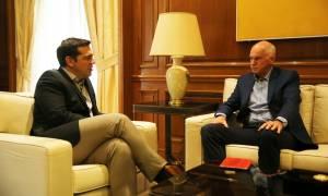 Τι συζήτησαν Τσίπρας - Παπανδρέου μπροστά στις κάμερες (vid)