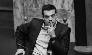 Εκλογικός νόμος: Τα «κουκιά» δεν βγαίνουν - «Σωσίβιο» στη συνταγματική αναθεώρηση ψάχνει ο Τσίπρας