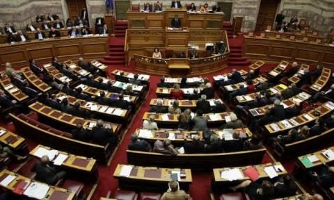 Εκλογικός νόμος:  Τα μεσάνυχτα η ψήφιση στη Βουλή