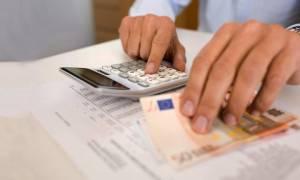 Φτωχότερο και με μεγαλύτερα φορο-βάρη το ελληνικό νοικοκυριό