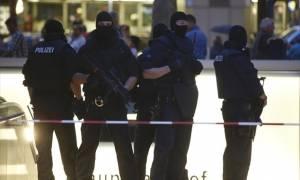 Επίθεση Μόναχο: Νέο βίντεο-ντοκουμέντο από το εσωτερικό του εμπορικού κέντρου