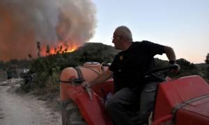 Στη Χίο ο Βαγγέλης Αποστόλου για τις ζημιές από την πυρκαγιά