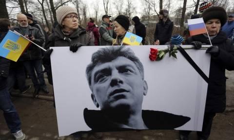 Ρωσία: Ξεκίνησε η δίκη πέντε ατόμων που κατηγορούνται για τη δολοφονία του Νεμτσόφ