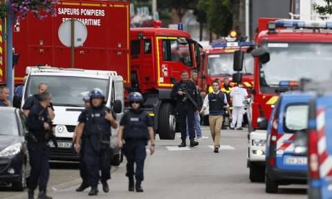 Επίθεση Γαλλία: «Στρατιώτες» του ISIS οι δράστες (pics & vids)