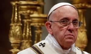 Πάπας Φραγκίσκος: Βάρβαρη και φρικιαστική η δολοφονία του ιερέα στη Γαλλία
