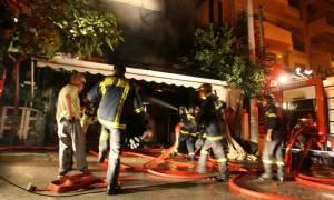 Φωτιά σε ακατοίκητο κτήριο στο κέντρο της Αθήνας