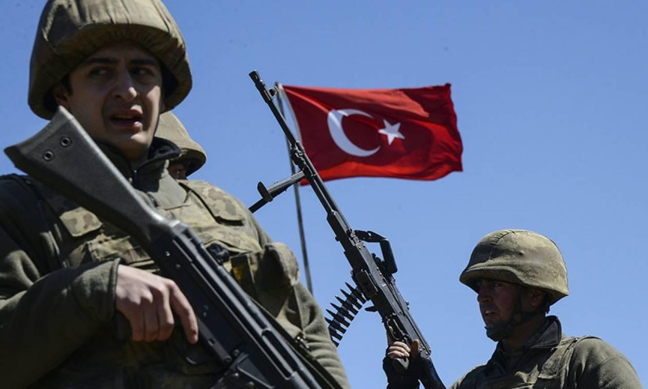 «Απασφάλισε» ο Ερντογάν: Κλείνει 130 Μέσα Ενημέρωσης στην Τουρκία