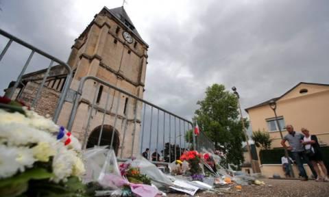 Εξέλιξη σοκ για τη σφαγή του ιερέα στη Γαλλία
