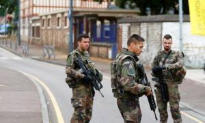 Επίθεση Γαλλία - Βίντεο ντοκουμέντο: Έτσι σώθηκε μια καλόγρια από τους τζιχαντιστές