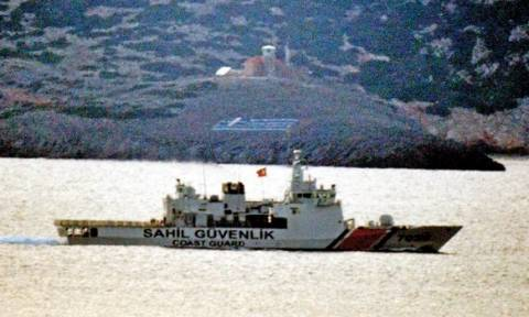 «Θρίλερ» με τις περιπολίες της τουρκικής ακτοφυλακής στα ελληνικά νησιά