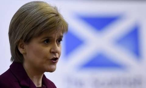 Βρετανία: Υπέρ της παραμονής οι Σκοτσέζοι