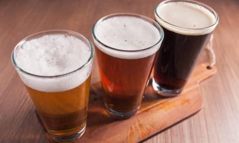 Η καλύτερη δουλειά του κόσμου; Πληρώνουν κάποιον για να ταξιδεύει και να πίνει… μπύρες!