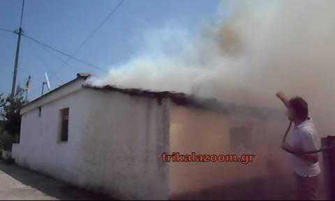 Εφιάλτης στα Τρίκαλα: Λαμπάδιασε σπίτι (pics&vid)