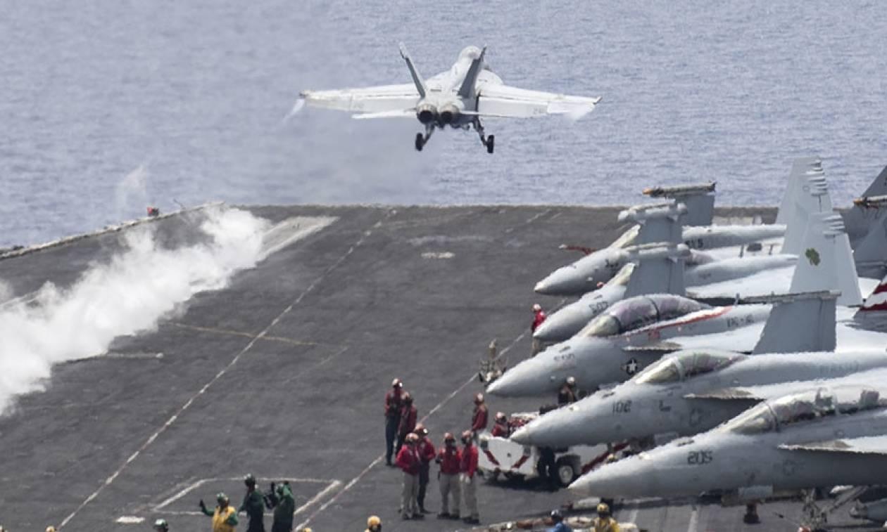 Πολεμικά αεροσκάφη των ΗΠΑ βομβαρδίζουν τους τζιχαντιστές στη Λιβύη