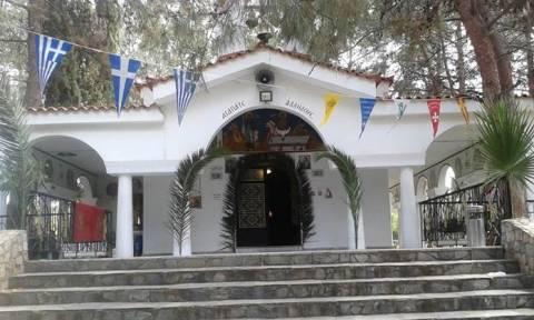Δεν έχουν ιερό και όσιο: Δύο νέες επιθέσεις σε εκκλησίες πραγματοποίησαν άγνωστοι (pics)