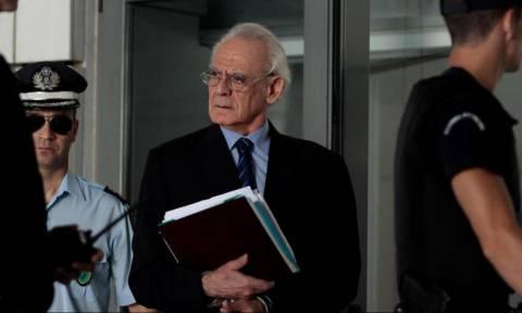 Δικηγόροι Τσοχατζόπουλου: Δεν έδειραν τον Άκη – Υπήρξε λεκτική αντιπαράθεση