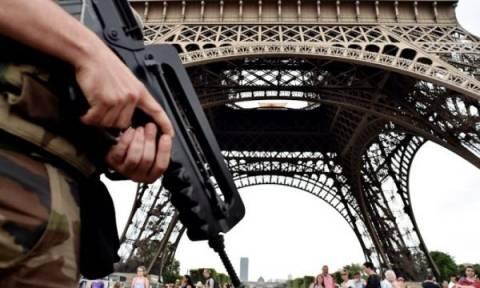 Επί ποδός οι γαλλικές Αρχές: Αναζητούν Αφγανό ύποπτο για τον σχεδιασμό νέας επίθεσης