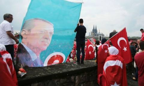 Τουρκία: Υπό κράτηση Γερμανίδα για διασυνδέσεις με το δίκτυο Γκιουλέν