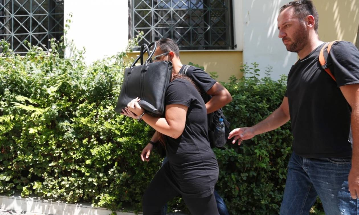 Κορωπί: Το μοιραίο χτύπημα της φόνισσας στην 35χρονη