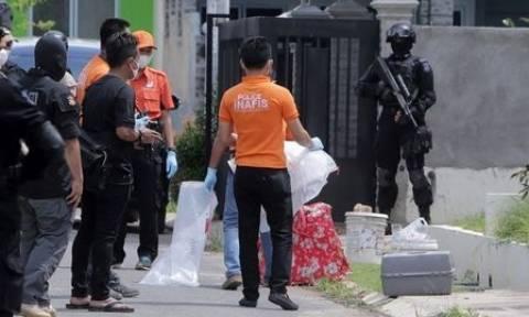 Συναγερμός στη Σιγκαπούρη: Βρήκαν υλικά που προορίζονταν για τρομοκρατική επίθεση (vid)