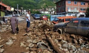 Τουλάχιστον 15 νεκροί στα Σκόπια από ισχυρή καταιγίδα