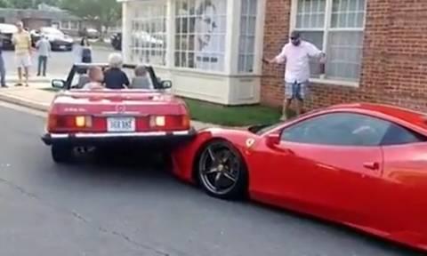 Το χειρότερο παρκάρισμα του αιώνα... Καβάλησε μια Ferrari (video)