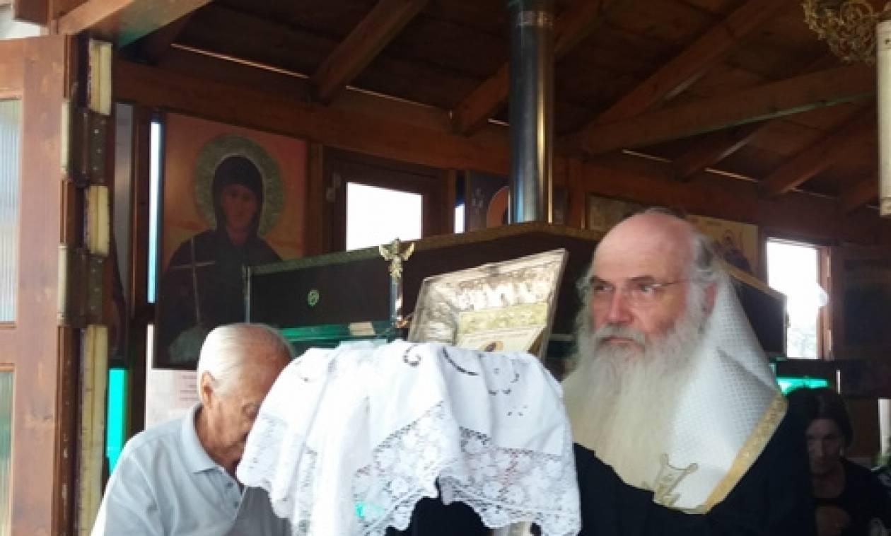 Αρτέμιδα: Οι πιστοί αποχαιρέτησαν την Κάρα του Αγίου Σεραφείμ