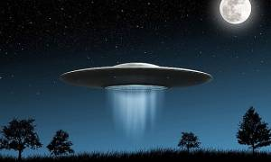 Ηλεία: UFOs αναστατώνουν το Κατάκολο